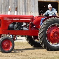 feature tractor 3