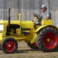 feature tractor 5